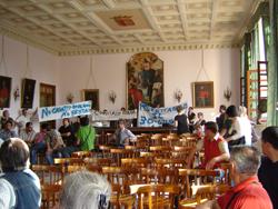terremotati in protesta al comune