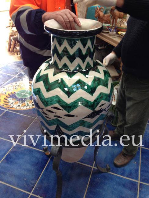 Vasi In Ceramica Di Vietri.Vivimedia Eu Vietri Sul Mare Sa Operazione Via Plasticume