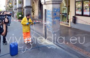 dimostrazione pulizia portici