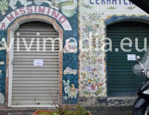 chiusi-negozi-protesta-frane-mar-2013-380x_vivimedia