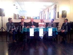 notte-greca-conferenza-stampa-maggio-2013-vivimedia