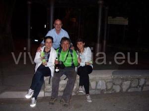 paolo-polacco-arrivo-punta-campanella-moglie-fratello-figlia-giugno-2013-vivimedia