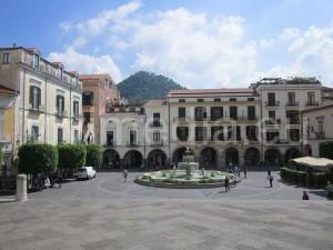 piazza-duomo-cava-de'-tirreni-vivimedia