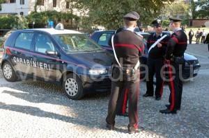 carabinieri-agenti-auto-vivimedia