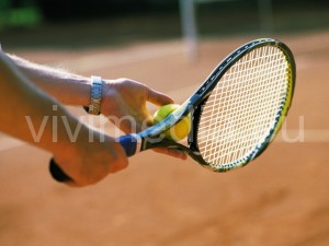 tennis-racchetta-gioco-vivimedia