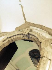 borgo-porticato-crepe-fili-esterni-cava-de'-tirreni-2013-vivimedia