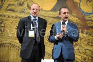 confindustria-assemblea-salerno-bond-(1)-2013-vivimedia
