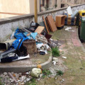rifiuti-abbandonati-dragonea-(1)-dicembre-2013-vivimedia