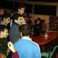 """Carmine circondato dagli studenti, curiosi e """"speranzosi"""""""