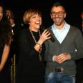 La presentatrice Carmela Novaldi e il regista Antonello De Rosa se la ridono allegramente dopo lo spettacolo: e ne hanno ben ragione …