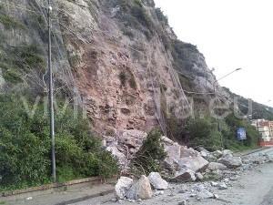 frana-vietri-salerno-febbraio-2014-vivimedia