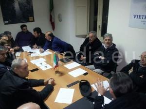 riunione-frana-tavolo-crisi-vietri-sul-mare-marzo-2014-vivimedia