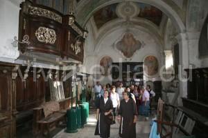 Di fronte ai resti dell'oratorio della Congrega, tra ammirazione… e sconcerto