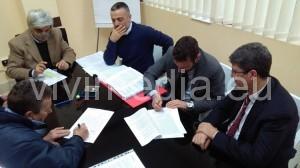 firma-contratto-metellia-cava-de-tirreni-febbraio-2017-vivimedia