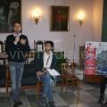 Giuseppe Catozzella con Antonio Avallone, Giacomo Casaula e una studentessa