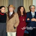 Dino Benvenuti con la figlia Lorena, Miriam Siani e Franco Bruno Vitolo, curatori del suo libro