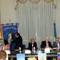 02-l-tavolo-dei-relatori-nella-sala-bottiglieri