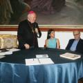Tavolo della premiazione con l'Arcivescovo, la Presidente del Consiglio